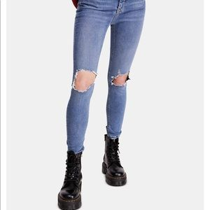 Free people high rise ripped skinny jeans